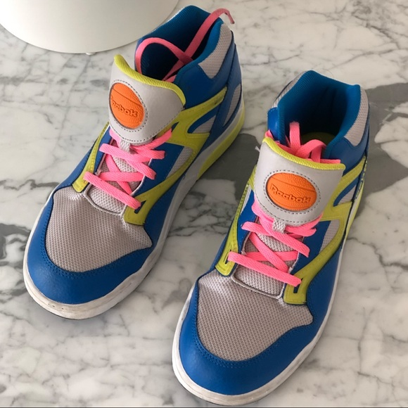 Capataz Lobo con piel de cordero Cortar  Reebok Shoes | Retro 90s Pump Sneakers | Poshmark